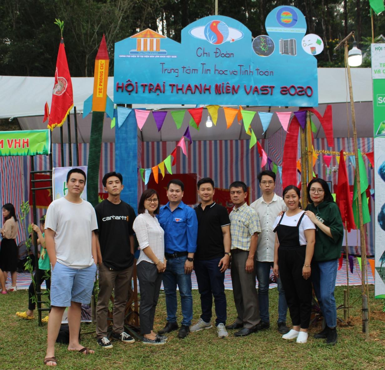 Chi đoàn Trung tâm Tin học và Tính toán tham gia Hội trại thanh niên VAST 2020